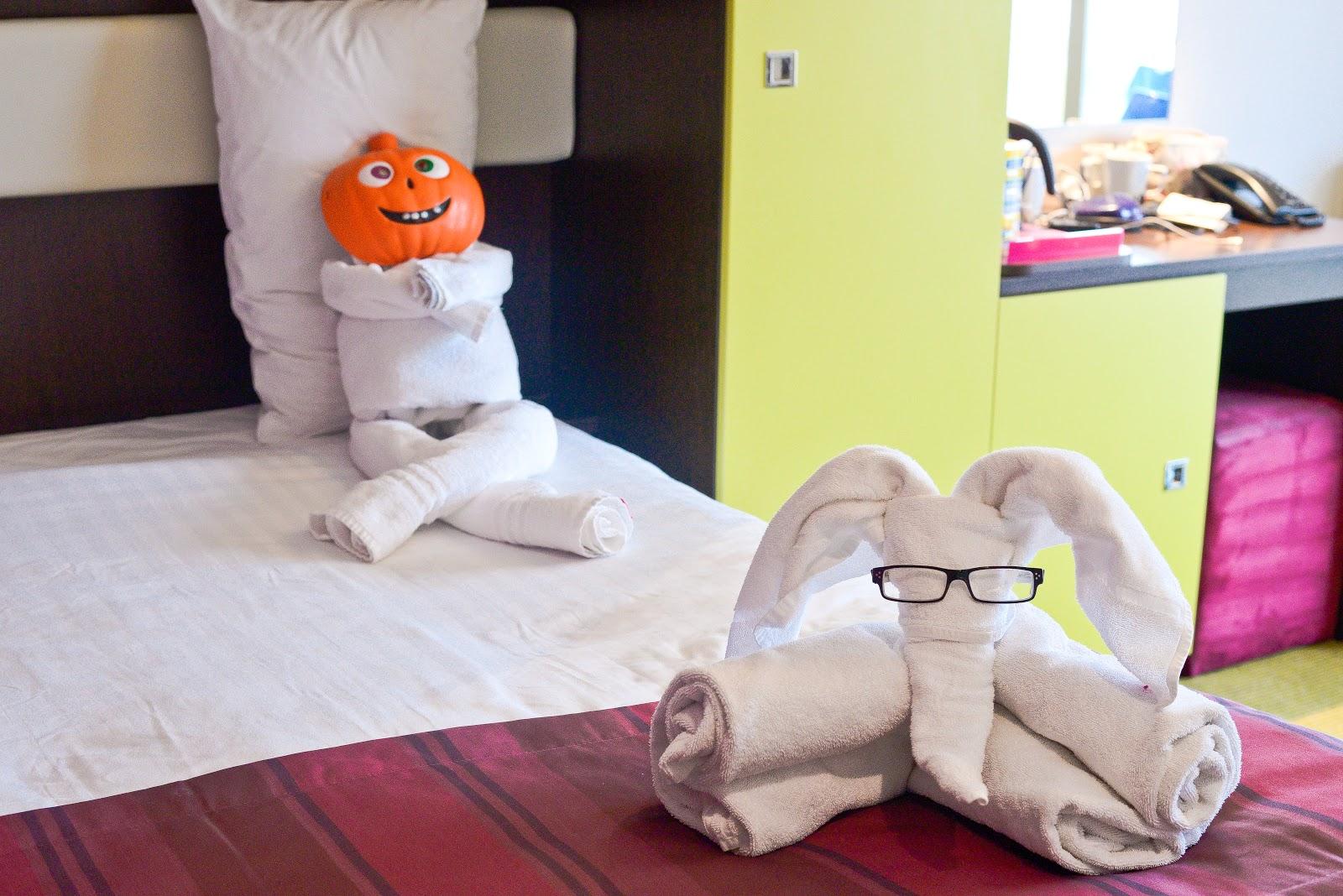 halloween towel art, Butlins bognor regis just for tots review, butlins, butlins bognor regis, just for tots, uk holiday for kids under 5,