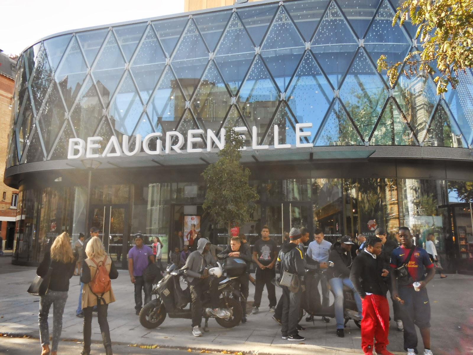 ma fen tre sur paris le nouveau centre commercial beaugrenelle ouvre ses portes. Black Bedroom Furniture Sets. Home Design Ideas