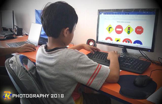 Belajar komputer untuk anak sangat menyenangkan