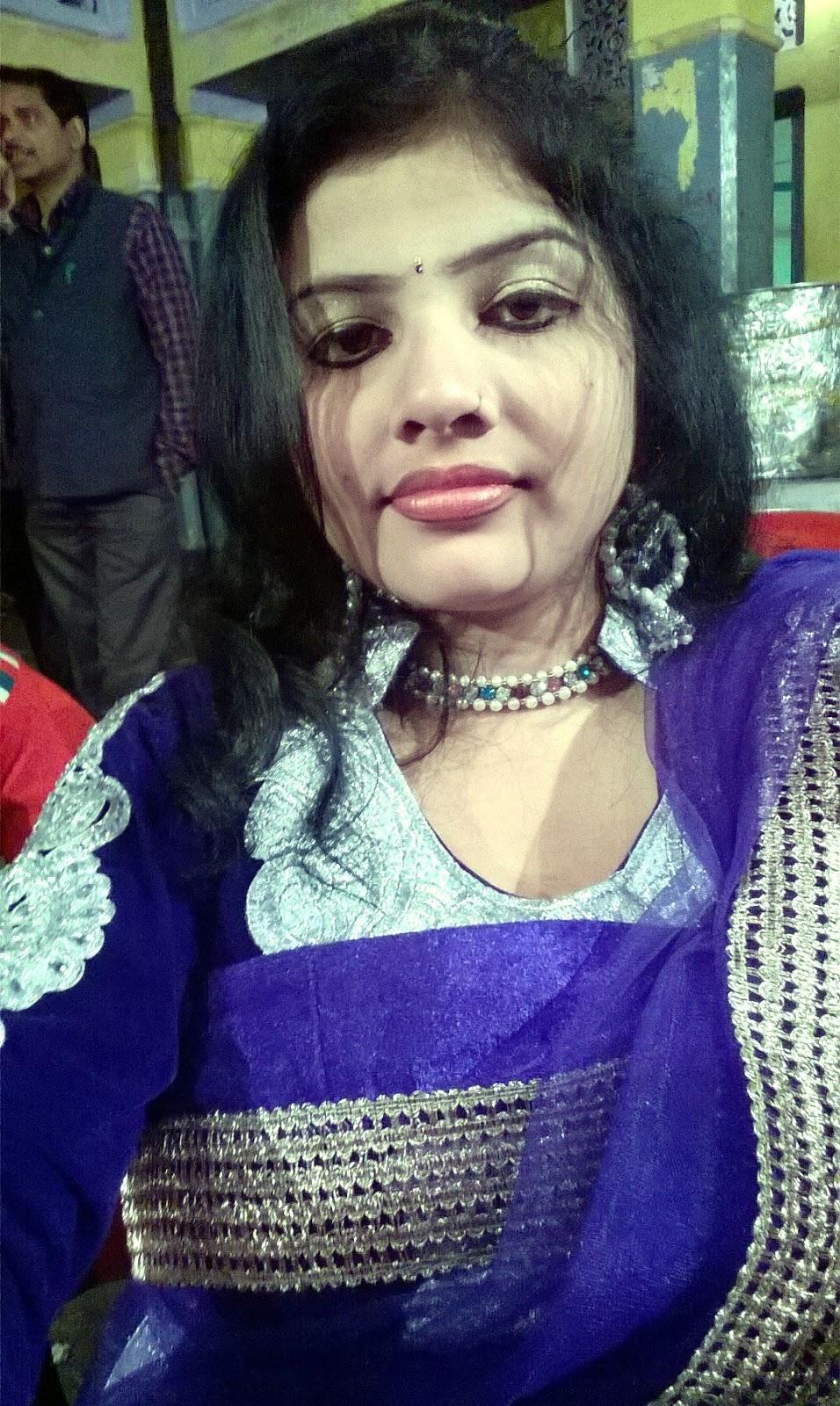 Gujarati Bhabhi At Home Alone  Hot And Sexy-6559