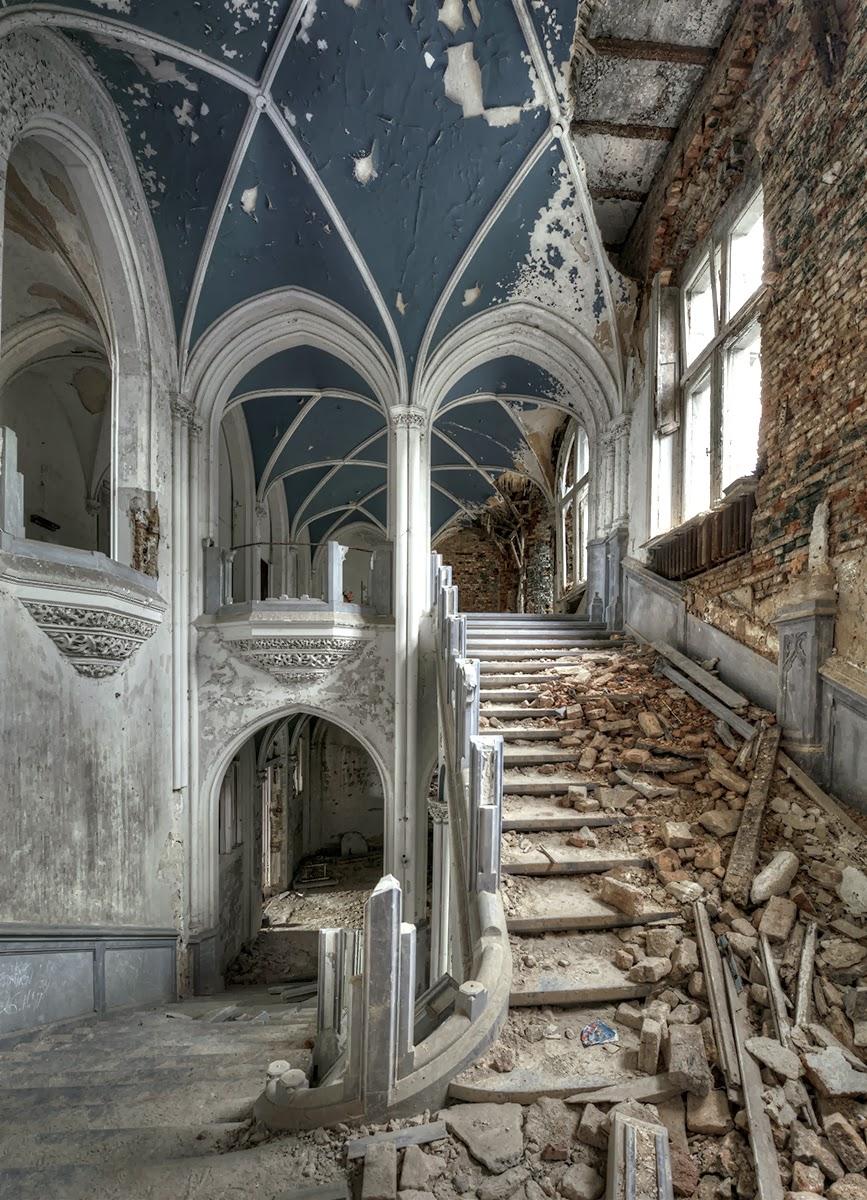 Mirandas Unexpected Gothic Interior