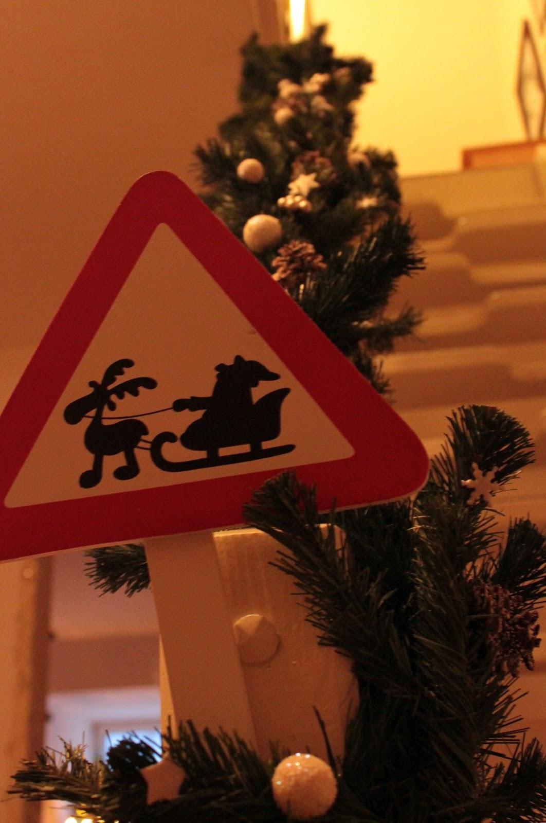 Weihnachtsdeko Bei Weltbild.Ella S Welt Ellas Adventskalender Tag 9 Weihnachtsdeko Im Hause Ella