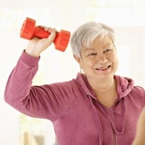 b94cf060eb304c4592cda152434623a9 - Elderly women who start exercising may break fewer bones
