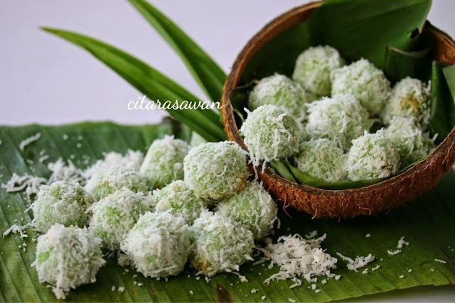 Image result for kuih onde onde