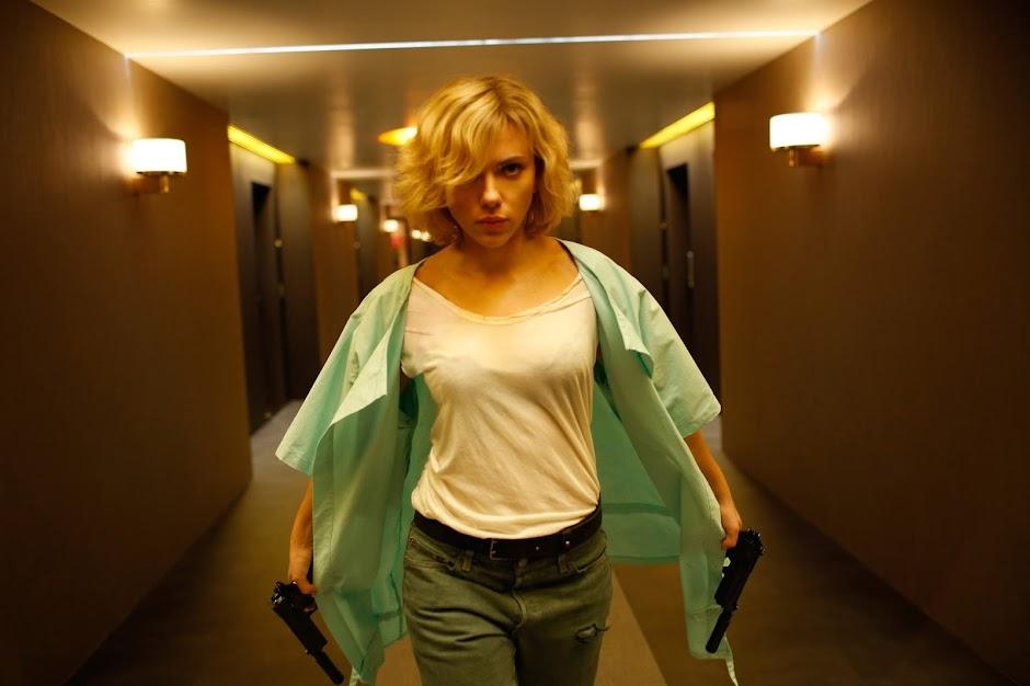 """Luc Besson já escreveu o roteiro da sequência de """"Lucy"""""""