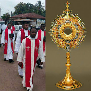 Rev. Fathers Protest Stealing Of The Blessed Sacrament From Church In Lokoja (Pics)