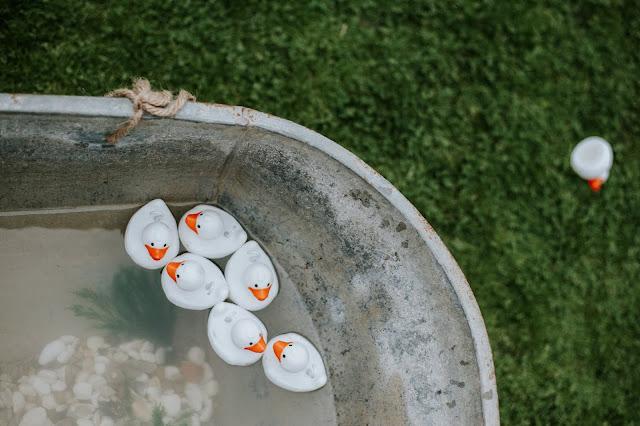Rubber ducks in a tin bath
