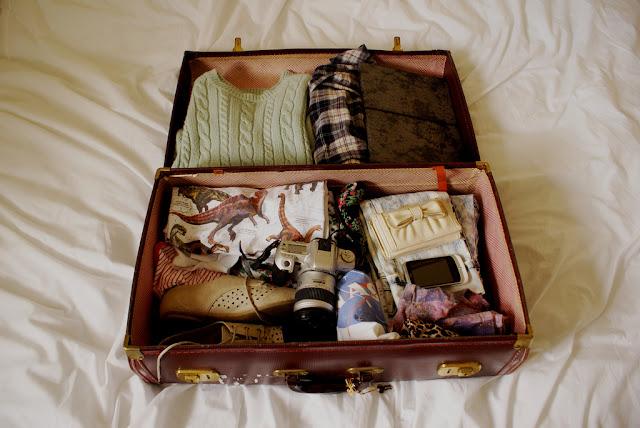 Consumo - Coloquei meu guarda-roupa em uma mala