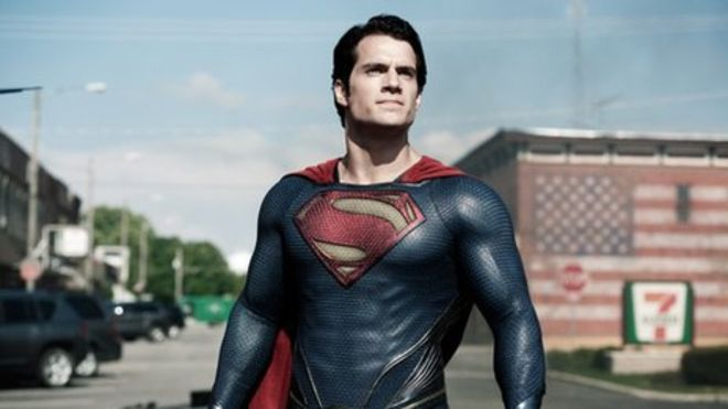 Justice League : First Images Of Superman Suit.