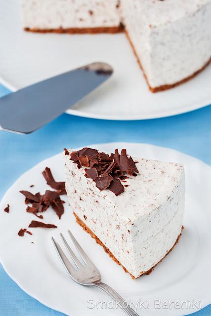 Sernik jogurtowo-śmietankowy bez pieczenia