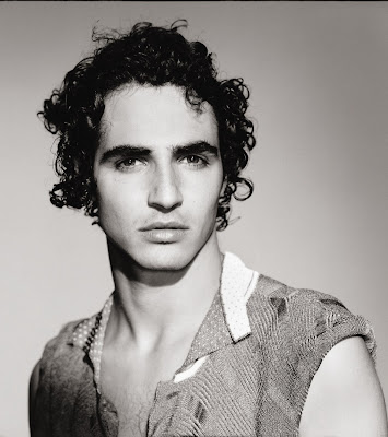 Zac Posen Talks It Out!