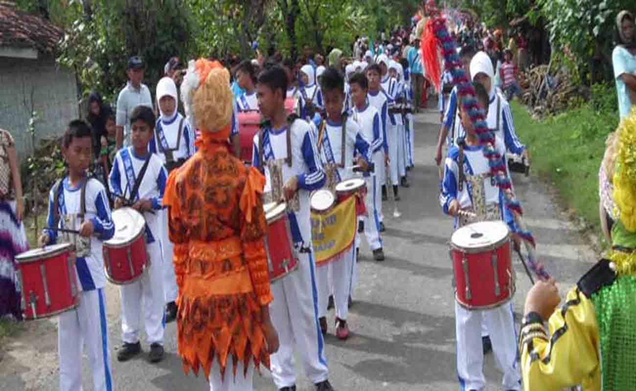 Download Contoh Format Daftar Humas Sekolah Madrasah