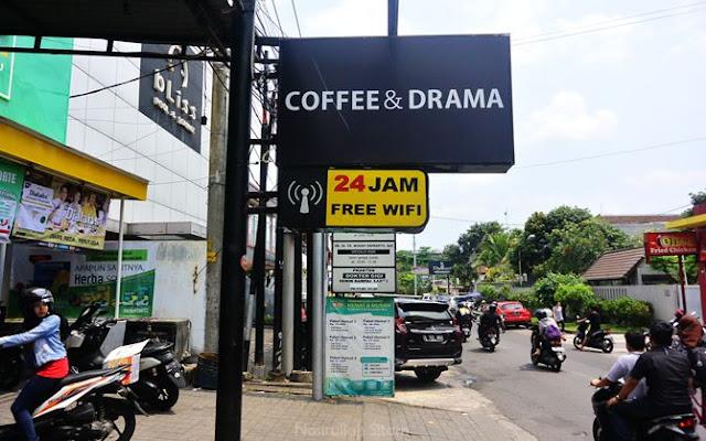 Lokasi Coffee & Drama di salah satu deretan ruka Demangan