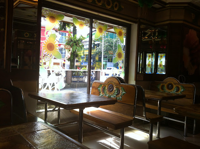 Buddy's restaurant Lucban dining furniture
