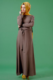 d2ab83b4a6a73 Tesettürlüler İçin Giyim Moda Elbise Abiye Bloğu - Herşey Var: Tozlu ...