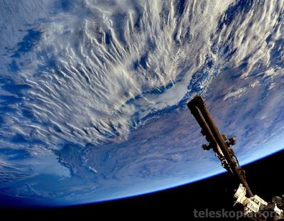 Uzaydan bulutlar fotoğrafı