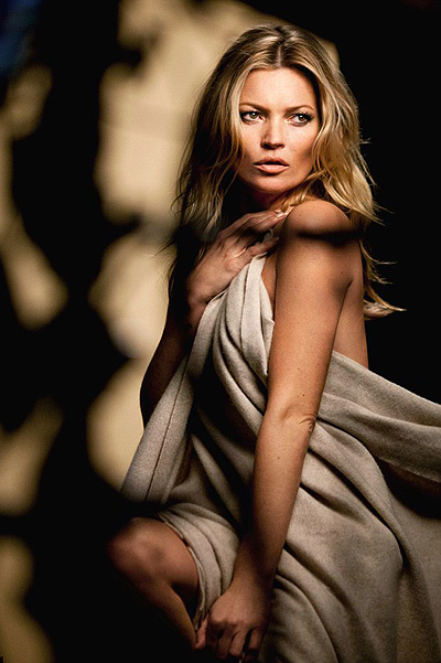 20150710_Kate Moss in an advertising campaign Rimmel 1
