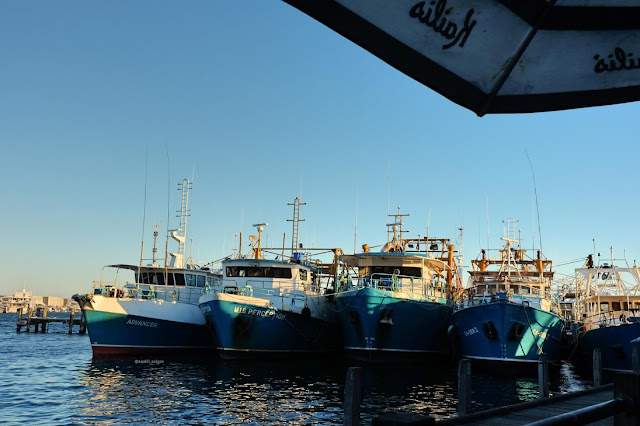 Fishing Boat Harbor Bathers Beach perth curitan aqalili
