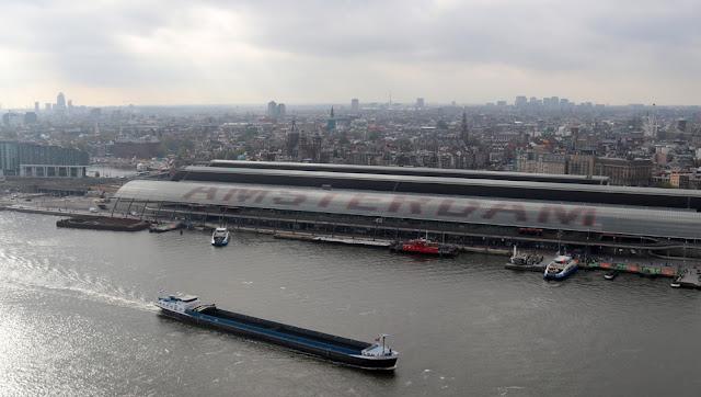 Euroopan korkein keinu sijaitsee Amsterdamissa 18