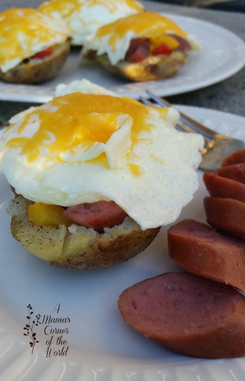 Easy Breakfast Recipe: Smoked Sausage & Egg Breakfast ...