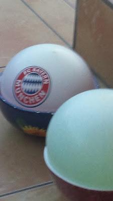 Eiskugeln aus Luftballons