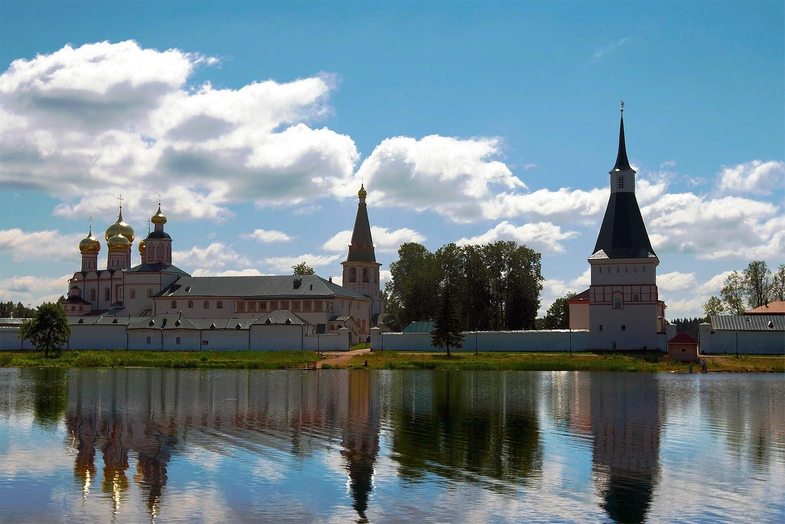 Старинный город россии великий новгород снижение