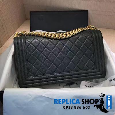 Túi xách Chanel Boy Màu Đen