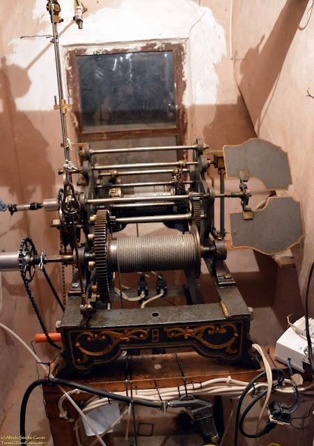 tormón-teruel-maquinaria-reloj-torre