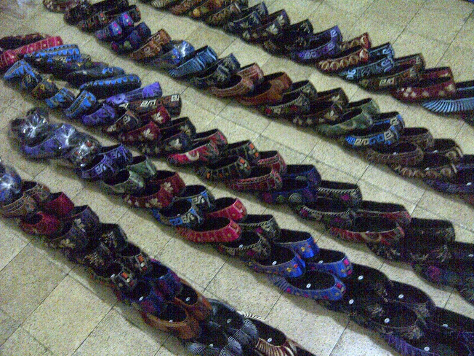 Model Sepatu Wanita Terkini, Koleksi Sepatu Wanita Terbaru, Koleksi Sepatu Wanita Branded, www.distributorsepatumurah.com