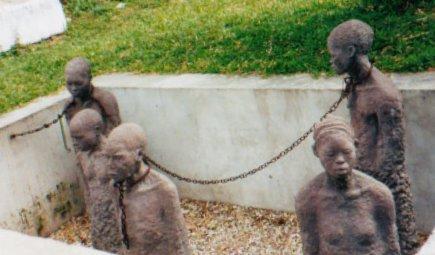 Resultado de imagem para foto de castigos em negros