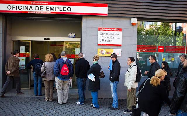 Με δύο ταχύτητες κινείται η ανεργία στην Ευρωζώνη