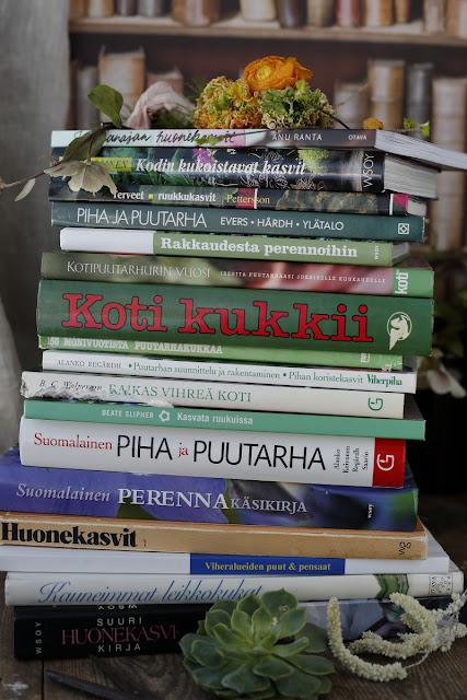 kirjoja, kirppislöytöjä