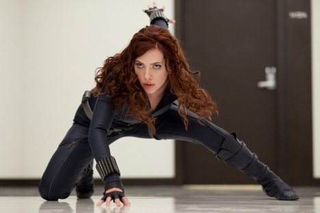 Scarlett Johansson in her black catsuit as Black Widow in The Avengers 2012 movieloversreviews.filminspector.com
