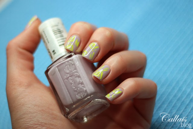 http://callais-nails.blogspot.com/2014/04/essie-nice-is-nice-38-oraz-flormar.html