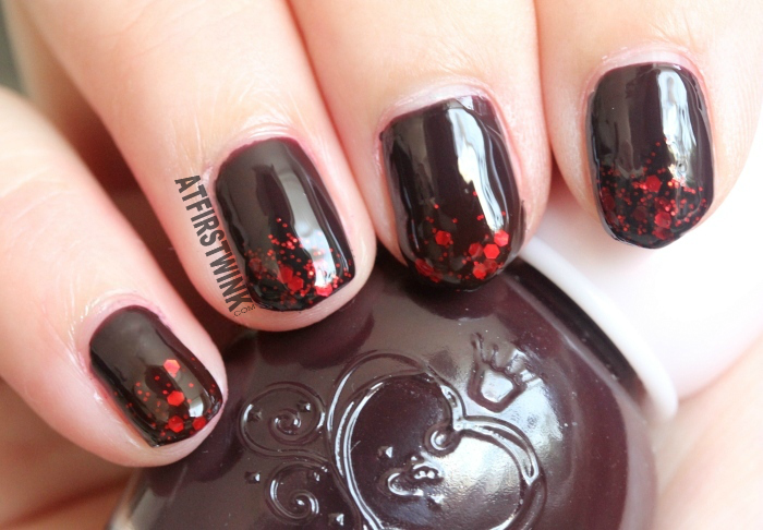 Halloween 2014 nails: Dark burgundy nails with red glitters, used Peripera and Etude House nail polishes