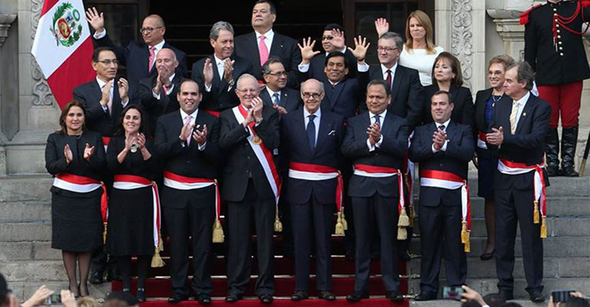 Nombres de los ministros del per actualizado abril 2018 for Foto del ministro del interior