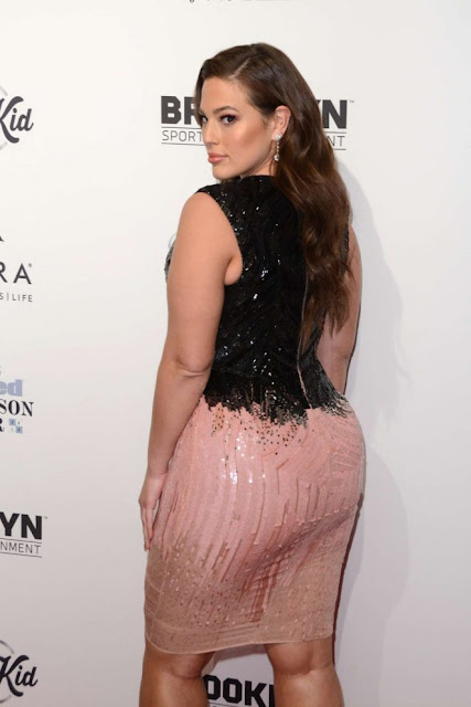 Ashley Graham – Sports Illustrated Sportsperson of the Year Ceremony 2016