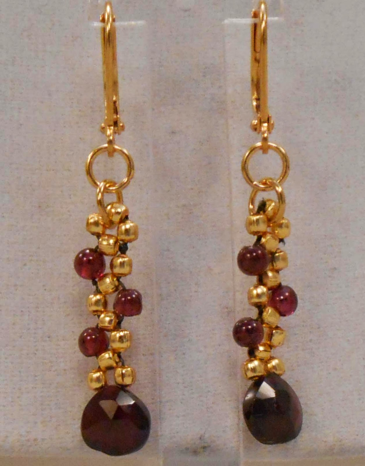 This Necklace And Earrings Are Made From Garnet Precious Stone Flat Teardrops Round Beads With Gold Metal