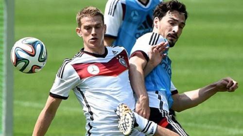 Cầu  thủ Lars Bender gặp phải một chấn thương nghiêm trọng