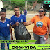 """Alunos do CEMAN limpam a escola em dia Mundial do Meio Ambiente; zeladores têm """"dia de folga""""."""