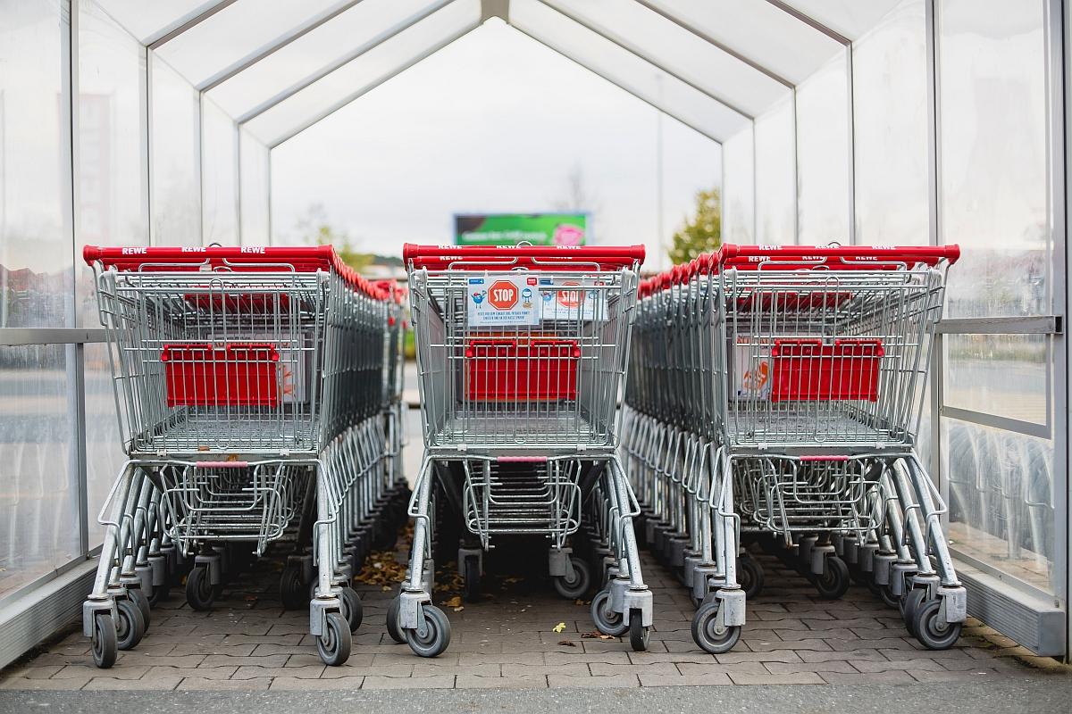 Zakupy bez tajemnic, czyli jak nie dać się nabrać na marketingowe sztuczki w supermarketach.