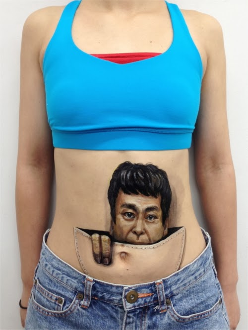 11-Pouch-Japanese-Artist-Zhao-Ye-趙-燁-Body Painting-Freaky-www-designstack-co