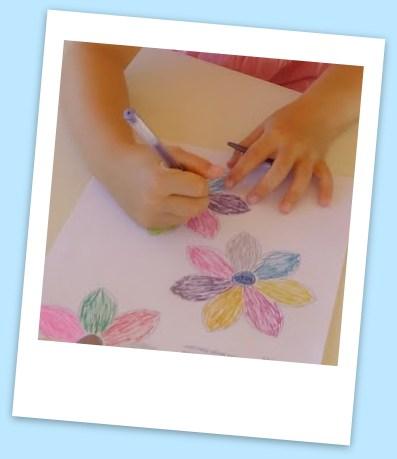 Mon Joli Petit Bureau Experience Des Fleurs Dans L Eau Qui S