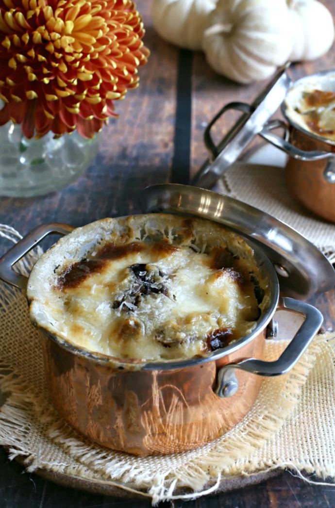 Cheesy-Spaetzle-and-Mushroom-Bake-1