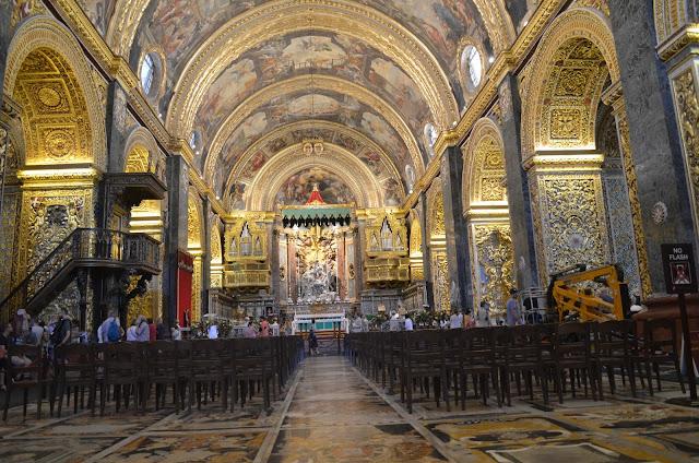 Por dentro da Igreja São João