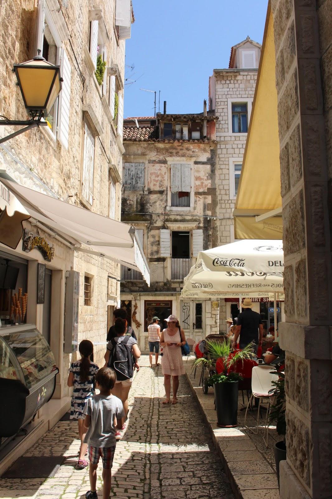 Das bildhübsche Städtchen Trogir - Altstadt