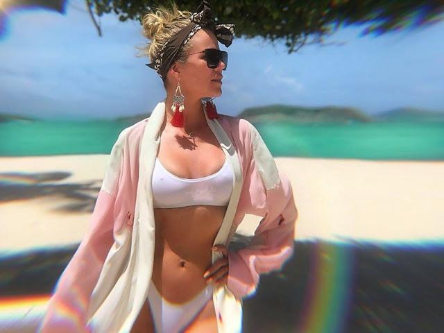 Khloe Kardashian in bikini