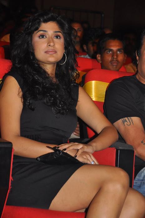 anjala zaveri at paruchuri awards, anjala zaveri phoots glamour  images
