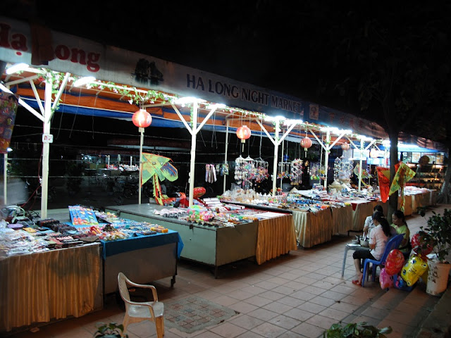 Night Market: The most attractive of Halong tourism 1