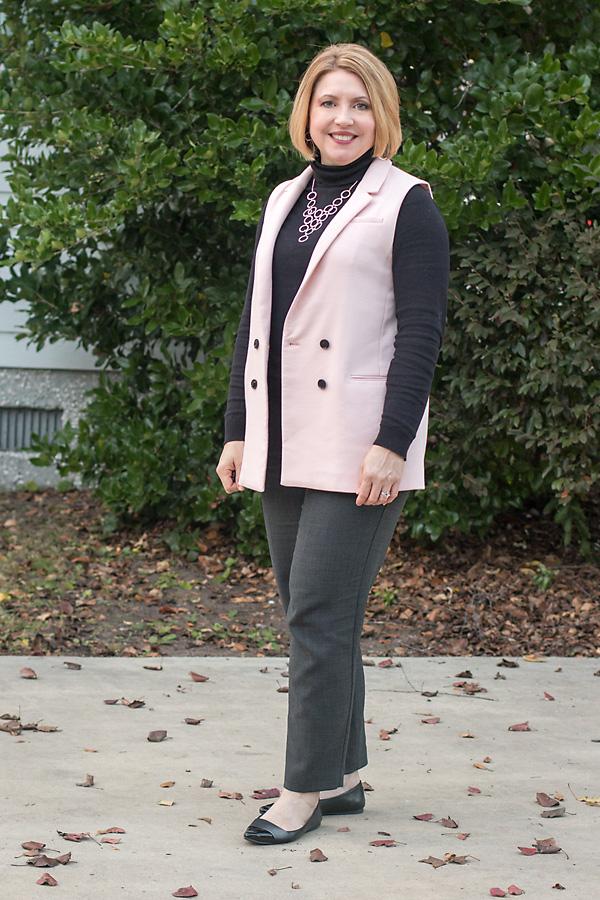 How to style a sleeveless blazer